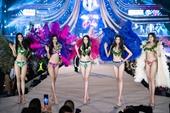 Tiểu Vy, Phương Nga, Thúy An đốt cháy sàn catwalk tại phần thi Người đẹp biển