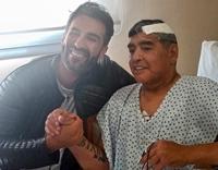 """Sống sót nhờ """"phép màu"""", huyền thoại Maradona xuất viện"""