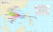 Bão số 13 giật lên cấp 17 tiến sát đất liền, miền Trung lại mưa lớn