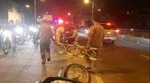 Nghi gây tai nạn rồi bỏ chạy, người đàn ông còn đạp ngã xe người truy đuổi