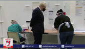 Thủ tướng Anh tự cách ly