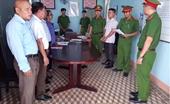 Khởi tố, bắt tạm giam Phó công an xã và Phó ban chỉ huy quân sự xã ăn bẩn