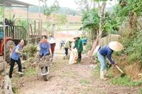 Cán bộ Công an, Viện kiểm sát giúp dân xây dựng nông thôn mới
