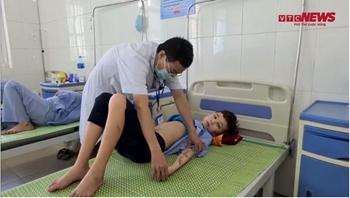 Công an Bắc Ninh lên tiếng vụ bé trai 14 tuổi bị chủ quán tra tấn dã man