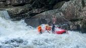 Khám phá rừng quốc gia khi mưa lớn, 4 du khách bị nước cuốn trôi