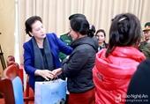 Chủ tịch Quốc hội thăm, động viên gia đình các liệt sỹ hy sinh khi cứu hộ, cứu nạn