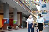 Nhiều trường đại học cho nghỉ học vì bệnh nhân 1342 và giáo viên tiếng Anh nhiễm COVID-19