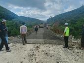 Đã thông xe tuyến quốc lộ 26 bị sụt lún nghiêm trọng