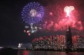 Hà Nội đề xuất bắn pháo hoa tầm cao dịp Tết Dương lịch 2021