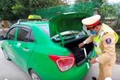 Tài xế taxi nhồi trên xe 26kg thuốc nổ