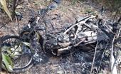 Dựng xe bên bìa rừng, 5 xe máy của cán bộ bảo vệ rừng bị đốt trụi