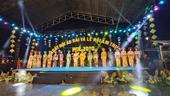 Ấn tượng đêm khai mạc Ngày hội Áo dài và Lễ hội Ẩm thực Huế 2020