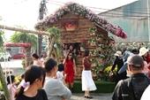 Nghỉ Tết Dương lịch, người dân thích thú check in Lễ hội hoa Xuân Quan