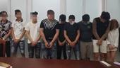 Phát hiện 4 cô gái đang thác loạn ma túy tập thể với 8 thanh niên ở chung cư