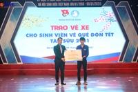 Đà Nẵng trao tặng 300 vé xe cho sinh viên có hoàn cảnh khó khăn