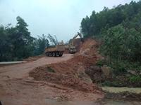 Bức xúc việc khai thác đất trái phép đổ vào Dự án khu đô thị Nam Sơn, Vân Đồn