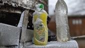 Nhiệt độ xuống dưới 1 độ C, đồ dùng sinh hoạt của người dân bị đóng băng