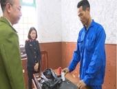 Kiểm sát viên kiểm sát thực nghiệm điều tra đối tượng vận chuyển, sản xuất pháo nổ