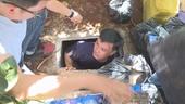 Khui 2 hầm trú ẩn bí mật của gã siêu trộm, Công an thu 4 khẩu súng