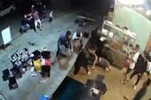 Bị vỗ tay vào đầu, nhóm côn đồ bực tức đánh bạn nhậu gục tại chỗ