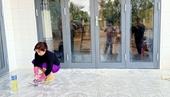 Con trai nợ tiền  mẹ ở nhà liên tục bị khủng bố bẩn để đòi nợ