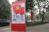 Thủ đô rực rỡ màu cờ chào mừng Đại hội đại biểu toàn quốc lần thứ XIII của Đảng