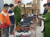 Bắt nhóm đối tượng thu hơn 10 000 viên đạn và hàng nghìn linh kiện lắp ráp súng