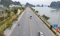 Đồng loạt hủy, đổi tour Quảng Ninh