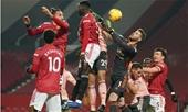 CĐV Man Utd tức tối với trọng tài