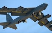 Mỹ bất ngờ triển khai máy bay ném bom chiến lược B-52 tới Đông Á