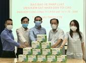 Báo Bảo vệ pháp luật trao 25 000 khẩu trang tặng Sở Y tế TP HCM chống dịch COVID -19