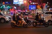 Người dân Đà Nẵng háo hức xuống phố đón năm mới