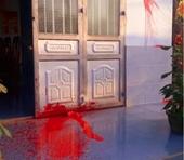 Vì sao nhà nguyên Trưởng phòng Giáo dục bị tạt sơn vào đêm mùng 1 Tết