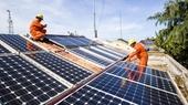 Phát triển điện mặt trời thiếu kiểm soát, tác động bất lợi đến tăng trưởng kinh tế