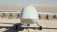 Iran lại khoe mẫu DRONE tấn công mới có tầm bay kỷ lục