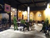 Xử phạt nhiều quán cafe ở Hà Nội hoạt động giữa lệnh phòng dịch COVID-19