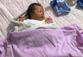 Xót xa bé gái sơ sinh bị bỏ rơi đúng ngày 8 3