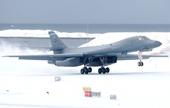 Oanh tạc cơ B-1B gửi thông điệp tới Nga khi lần đầu tiên hạ cánh ở Bắc Cực