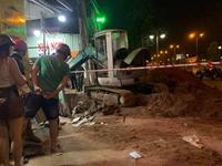 Tai nạn khi thi công đường ống nước trong thành phố, 2 người thương vong
