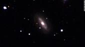 Phát hiên hố đen khổng lồ lang thang trong không gian