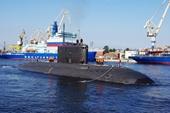 """Nga hạ thủy tàu ngầm diesel-điện cải tiến """"Kẻ giết người thầm lặng"""""""