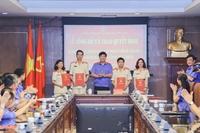 Bổ nhiệm lãnh đạo quản lý cấp phòng và 3 Kiểm tra viên chính thuộc Vụ 7 – VKSND tối cao