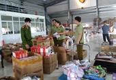 Vừa phát lệnh ra quân, Công an Nam Định triệt xóa 2 vụ hàng giả quy mô lớn