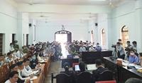 Toàn cảnh xét xử đại gia Trịnh Sướng và 38 bị cáo sản xuất xăng giả