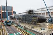 """Kinh ngạc với ca """"phẫu thuật"""" cắt đôi 2 tàu ngầm hạt nhân cũ để ghép thành một chiếc mới"""