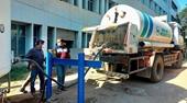 """Số ca nhiễm COVID-19 tại Ấn Độ tăng chóng mặt, nhiều nước tuyên bố """"chia lửa"""" với New Delhi"""
