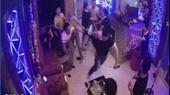 Đập phá quán karaoke vì gạ nữ nhân viên đi chơi bất thành
