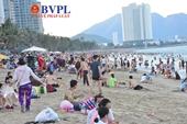 Phố biển Nha Trang nhộn nhịp dịp lễ 30 4 và 1 5