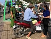 Chủ tịch TP Cần Thơ yêu cầu xử lý nghiêm khắc không đeo khẩu trang nơi công cộng