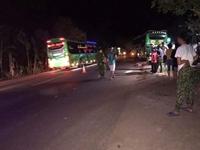 Hai nữ sinh thương vong sau va chạm kinh hoàng với xe khách